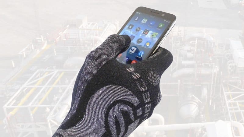 Touchscreen Compatible Thermal Glove