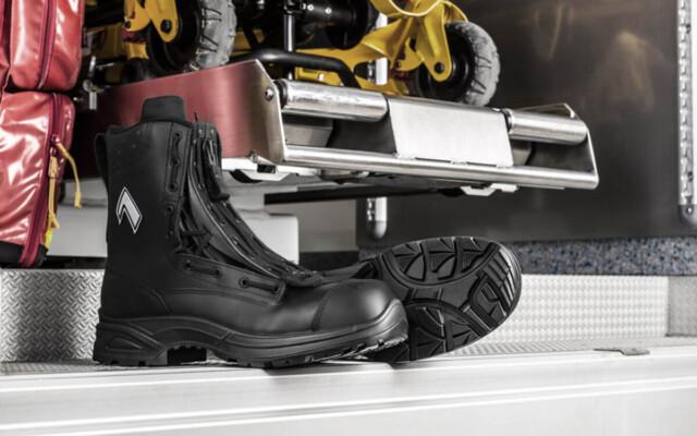 Choosing Ultra Lightweight Safety Boots UK Choosing Ultra Lightweight Safety Boots UK